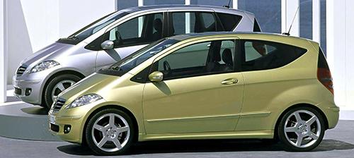 メルセデスが満を持してリリースした小型車。エンジンは3種