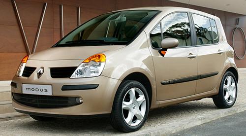 日産と共同開発したBプラットフォームを持つコンパクトトールボーイワゴン。エンジンはディーゼルを含めて4種をラインアップ