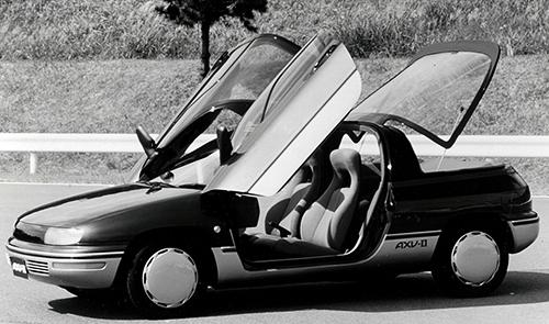 1987年の東京モーターショーに出展されたAXV-Ⅱa。Be-1やパオと同じパイクカーの流れを汲むモデルとされた