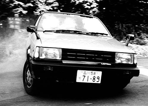 FFながら軽さと有り余るパワーで、GTカーのような走りが可能になった。当時日産はスカイラインやブルーバードなどにターボを搭載し、DOHCのトヨタに対抗した