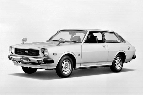 1976年、カローラに歴代で初めて追加された3ドアリフトバック