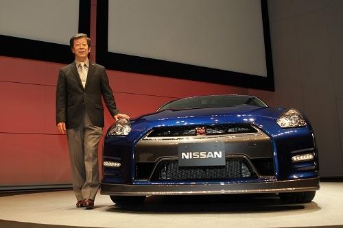 「GT-Rは2ドアだけではなくSUVにもセダンにもできるように作った」と水野氏はいう。しかしついのその計画は実現されないままR35は歴史に終止符を打ちそうだ