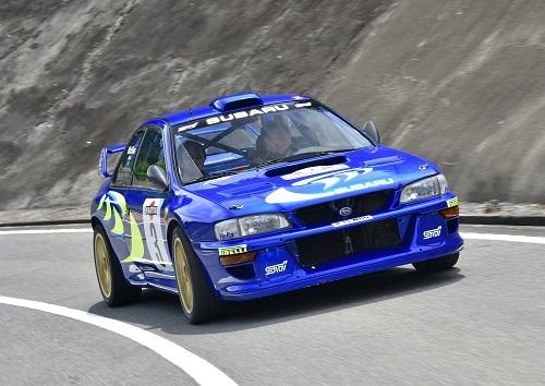 コリン・マクレーが駆った1998年サンレモラリー仕様の本物WRカー。清水氏は強烈な加速に我を失ったそうだ