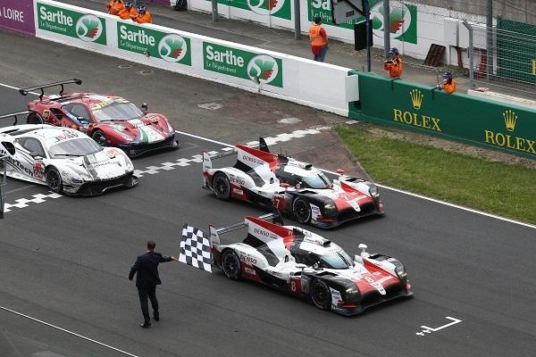 悲願のル・マン24時間レース優勝を達成したトヨタ8号車。7号車との1-2フィニッシュで快挙に花を添えた