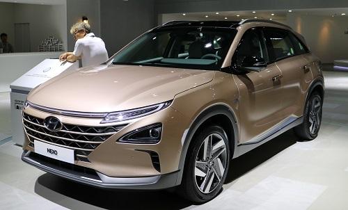 燃料電池自動車のネクソ。燃料電池自動車が韓国でも発売されているというのは大きなトピックだ