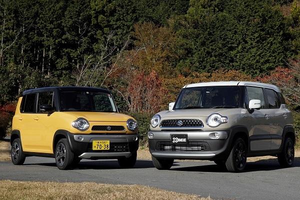 ハスラー(左)と比較すると、サイズの制約が緩くなったぶん、丸みを帯びたデザインとなったクロスビー(右)