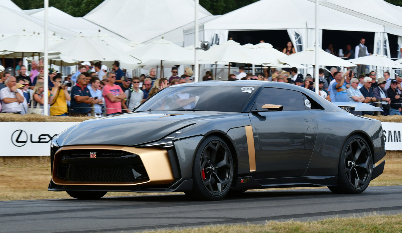 現行型GT-Rのデビューが2007年12月。あれから10年半が経過して、ここまで進化した