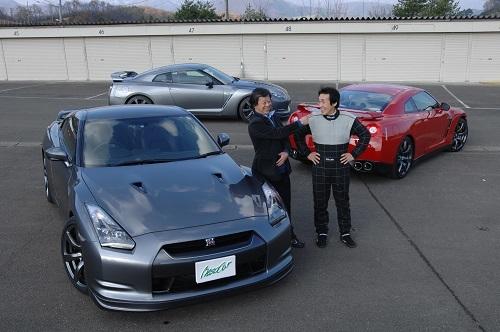 水野氏がモータースポーツを担当していた時代に知り合った鈴木利夫氏。新車開発にレーシングドライバーを表立って使うのは異例だ
