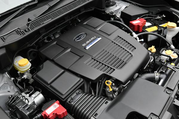 145ps/19.2kgmのFB20型2L水平対向エンジン+13.6ps/6.6kgmのモーターを組み合わせる