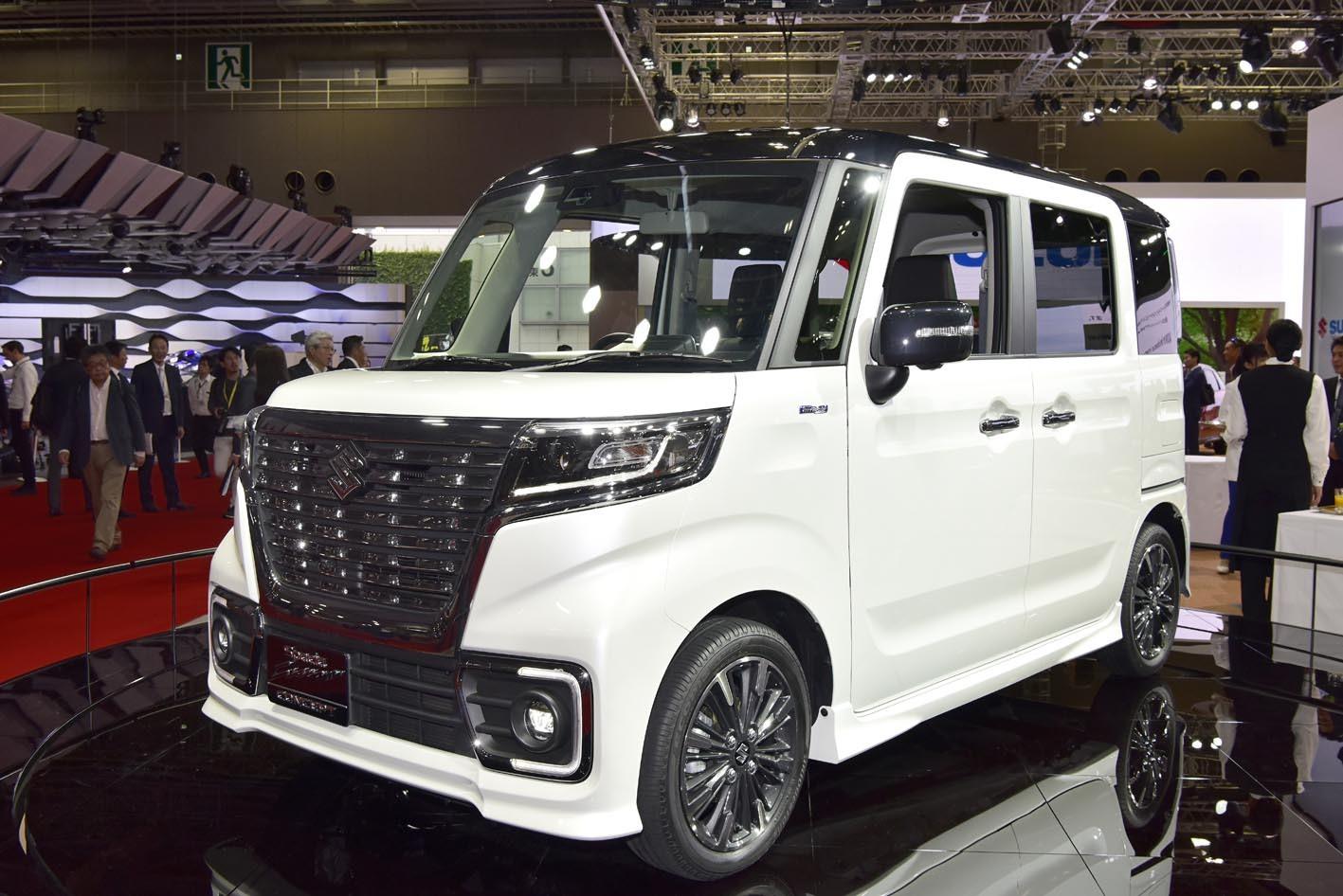 東京モーターショーに出品された「スペーシアカスタムコンセプト」。ほぼこのまま市販されることになる