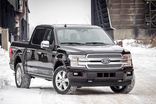 フォード F-150/全長×全幅×全高:5890×2004×1961mm