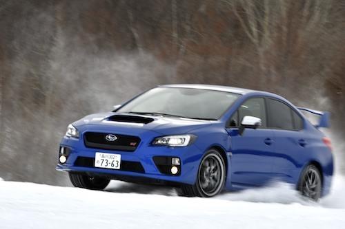 雪道でも圧倒的な安心感、