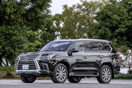 2015年に初めて日本導入され、2017年にマイナーチェンジをおこなったレクサス LX