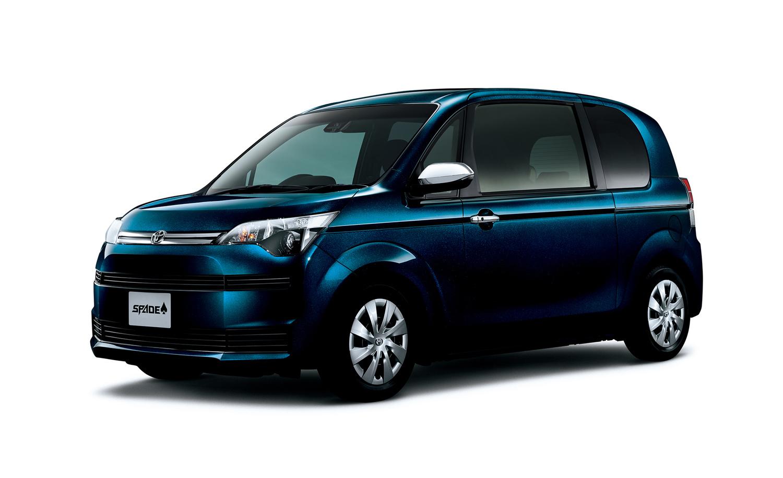 """スペイド特別仕様車 F""""QueenⅢ""""(2WD) <オプション装着車>"""