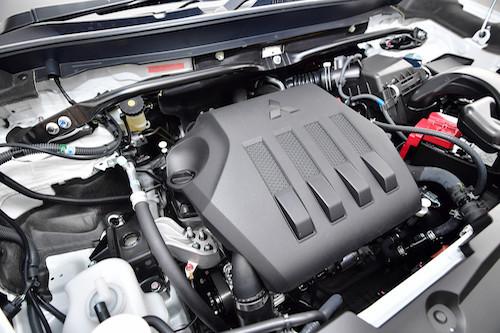 エクリプスクロス搭載の4G40型エンジン。「300Nm以上のトルクも出せる」とは開発陣の談