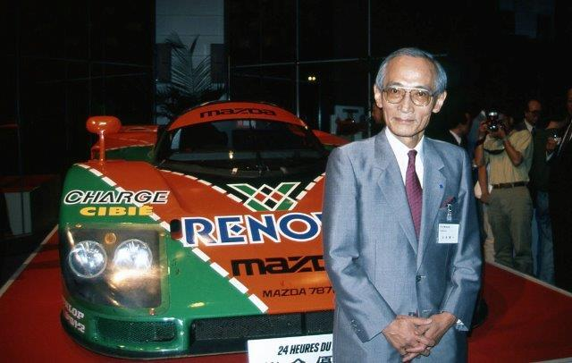 山本健一氏と1991年ルマン24時間レース優勝車(787B)