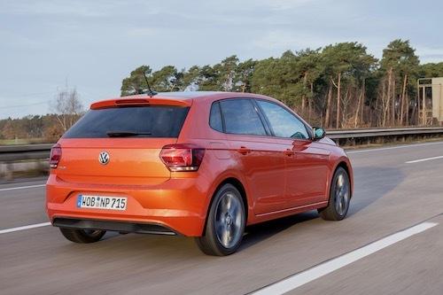 新型VWポロ。欧州1Lターボ仕様は最高出力は95ps/5000rpm、最大トルクは17.8kgm/2000rpm
