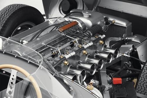 エンジンも忠実に再現するっていうんだからその意気込みは並大抵のものじゃない