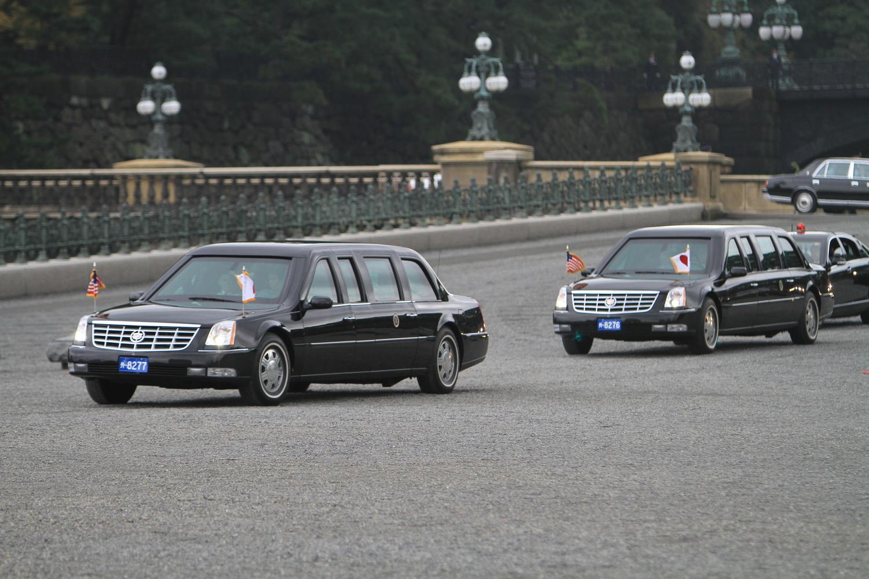 2009年11月に初来日したオバマ大統領(当時)。この時は2台それぞれに別々のナンバーが付いている