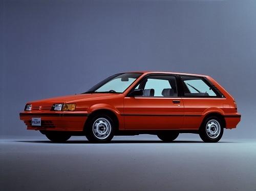3代目パルサーの3ドアハッチ車。当時はマーチより1クラス上のハッチバックだったが、現在のマーチはこのパルサーと同等以上のサイズとなっている