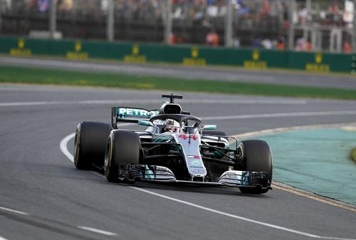 ハミルトンが圧倒的な速さで予選1位を獲得するも決勝は2位に終わったメルセデス