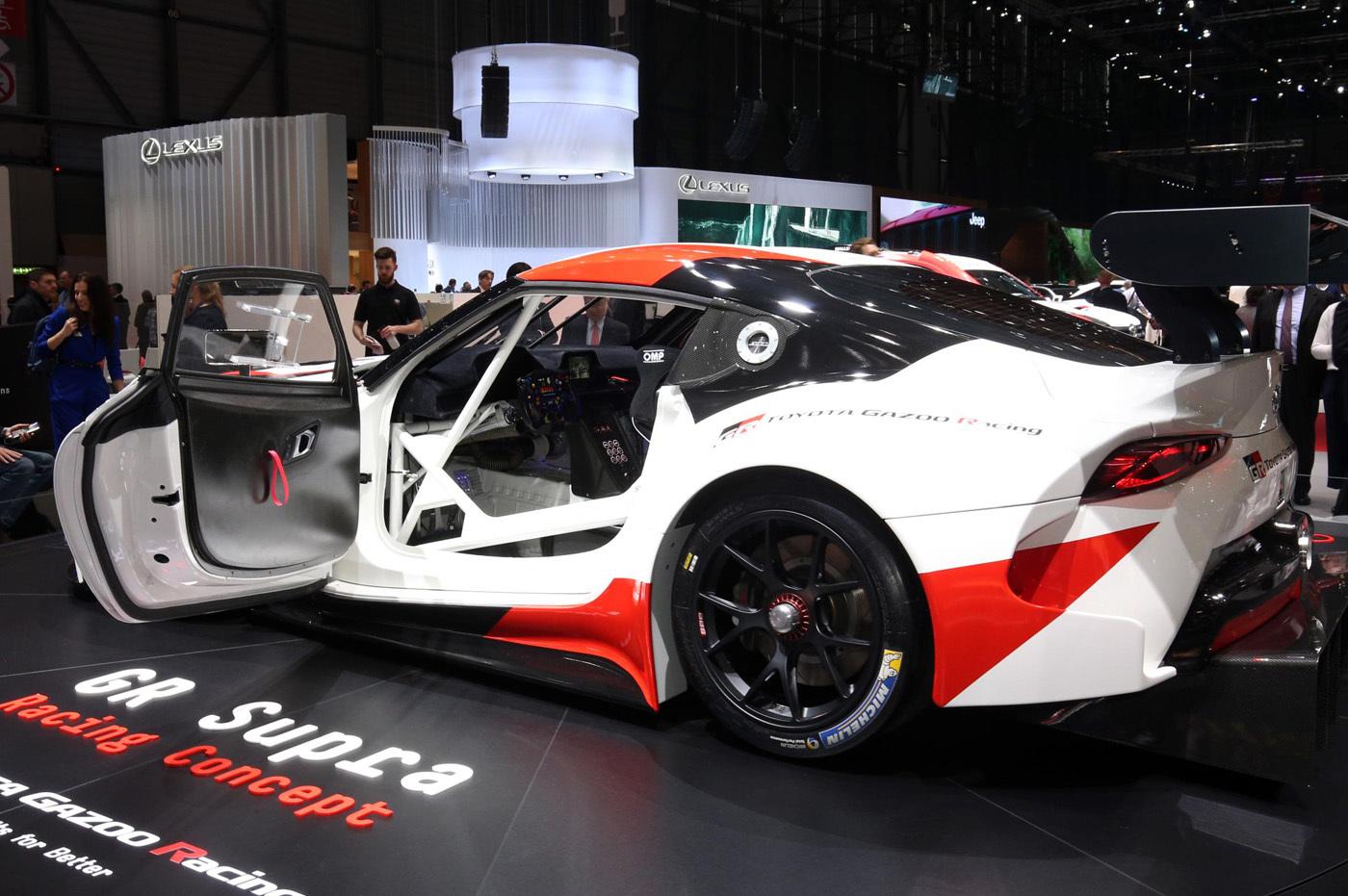 ジュネーブショーに登場した並み居る注目車のなかでも一番人気だったGRスープラレーシングコンセプト