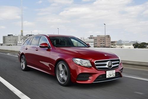 ベンツ E220d(839万円)/最高出力:194ps/3800rpm、最大トルク:40.8kgm/1600-2800rpm、JC08モード燃費:20.0km/L