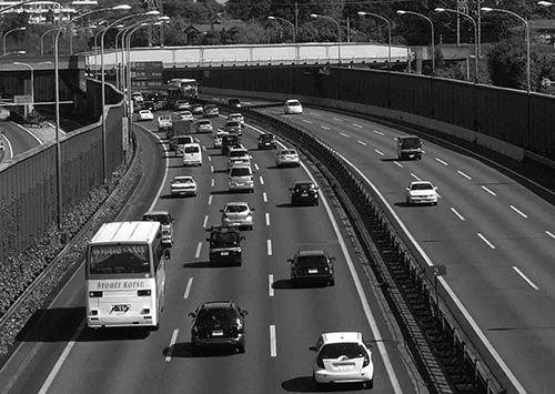 民主党が当時掲げた高速道路無償化はウソだった