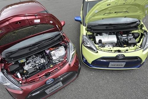 トヨタ シエンタもガソリン車とハイブリッドをともに揃える車種のひとつ。ガソリン車は1.5L、ハイブリッドは1.5L+モーターのTHSII