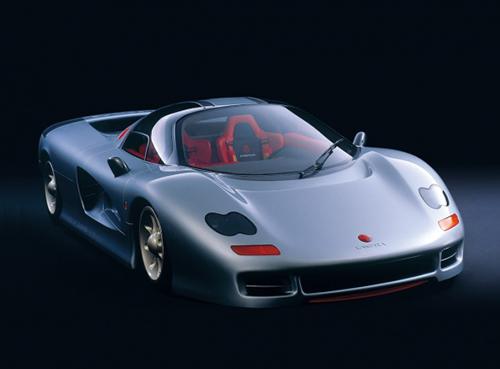 林みのる氏が童夢-零の次に手がけたのがジオットキャスピタだ。こちらは本格的スーパーカーを目指してエンジンはフラット12だった