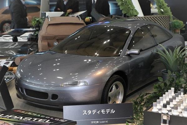"""2代目インプレッサとして石井氏がデザインした""""幻のインプレッサ""""。後に市販化された2代目よりキャビンが前進している点がポイントのひとつ"""