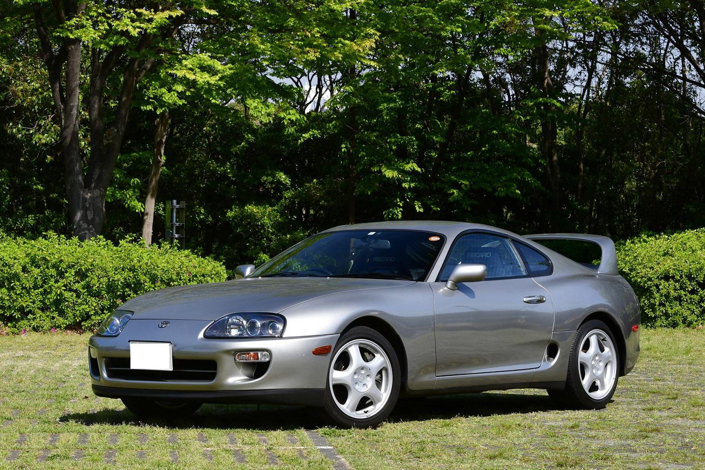 トヨタスープラ(A80型)1993〜2002年