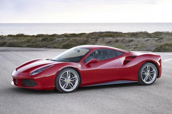 呆れるほど官能性能に優れるフェラーリ 488GTBはまさにイタ車の象徴