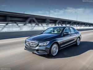 04_Mercedes-Benz-C350e