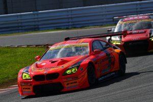 欧州GT3勢が強さを発揮するGT300クラス。写真のARTA M6も今季優勝を挙げている