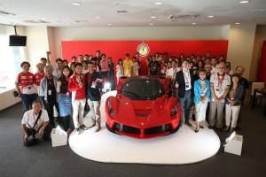 世界499台限定で日本割り当て45台(BC調べ)のラ フェラーリは約1億8000万円!