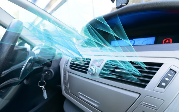 冷え 車 ない エアコン