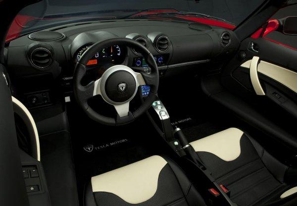 画像に alt 属性が指定されていません。ファイル名: Tesla-Roadster_Sport-2010-1600-09-600x416.jpg