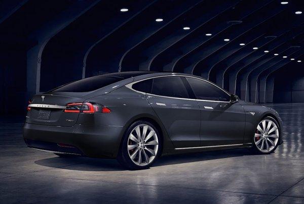 画像に alt 属性が指定されていません。ファイル名: Tesla-Model_S-2017-1600-051-600x404.jpg