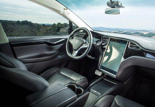 画像に alt 属性が指定されていません。ファイル名: Tesla-Model_X-2017-1600-1b-600x413.jpg