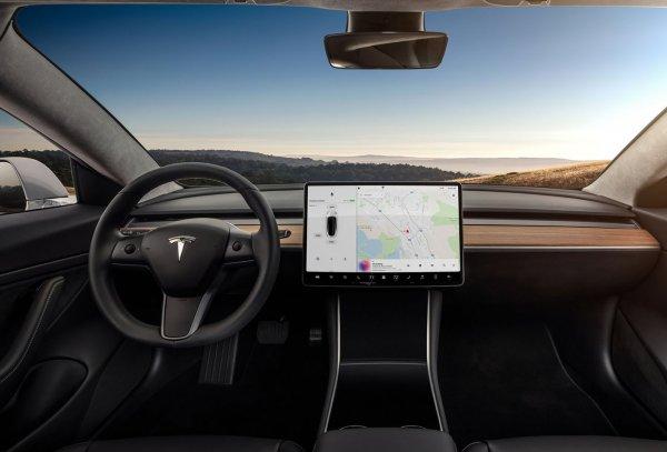 画像に alt 属性が指定されていません。ファイル名: Tesla-Model_3-2018-1600-12-600x407.jpg