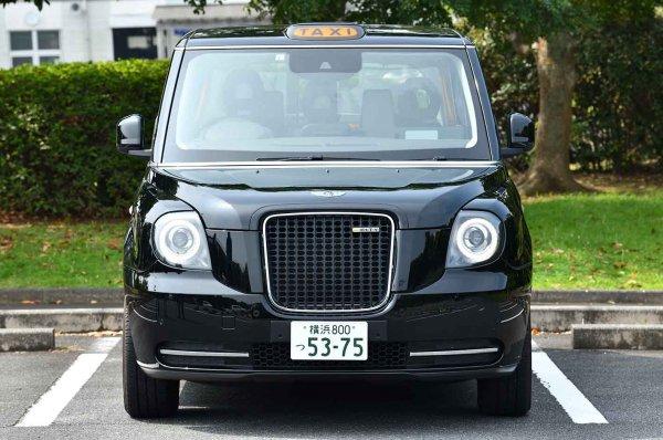 新旧ミックス具合が絶妙!! あのロンドンタクシーがEVで登場 1120万円だけどこれいい!!
