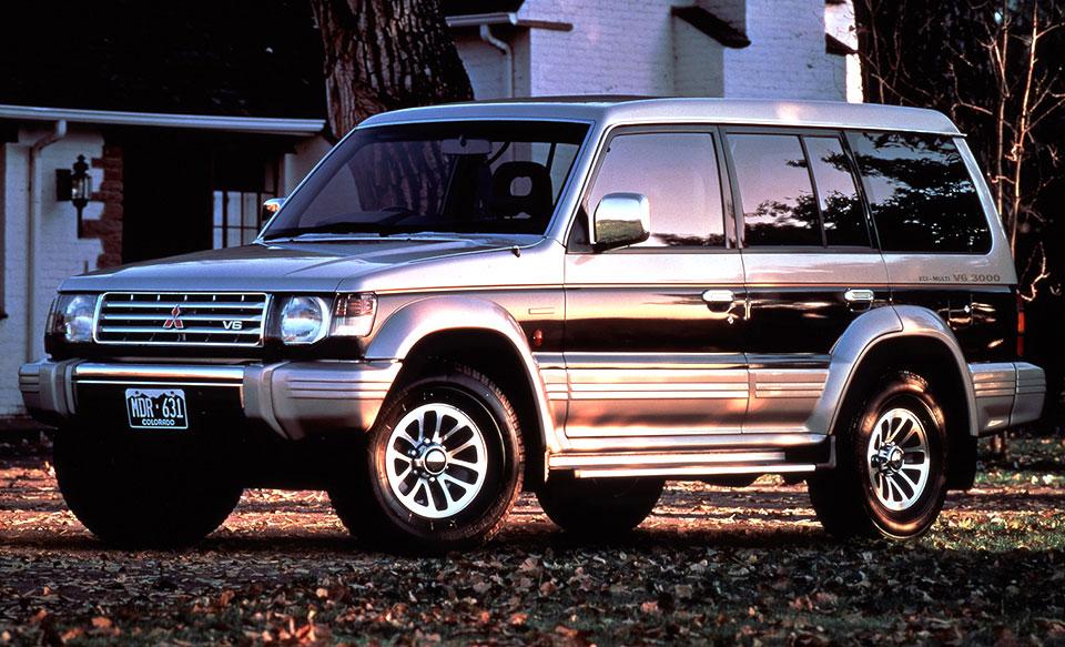 [画像]三菱 2代目パジェロ…初代モデルが支持を得た後の1991年に登場し、ロングボディ車を中心に大きな人気を集めた