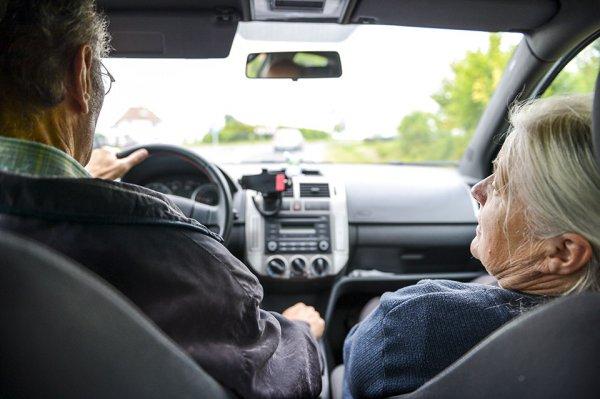 急増? まだ道半ば?? 高齢者運転免許返納の最前線