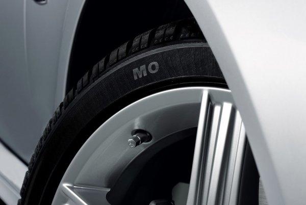 量販店で買えるタイヤと違うの!? 純正タイヤがじつはひと味違うという事実