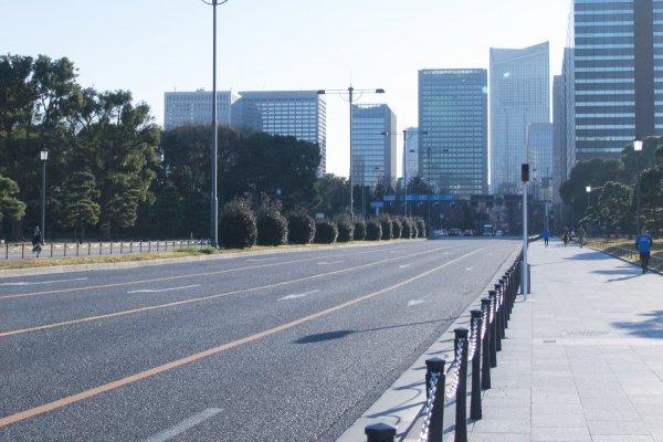 ステイホームなのに二輪事故はなぜ増えた? 東京都が53年ぶりワーストの死亡事故数