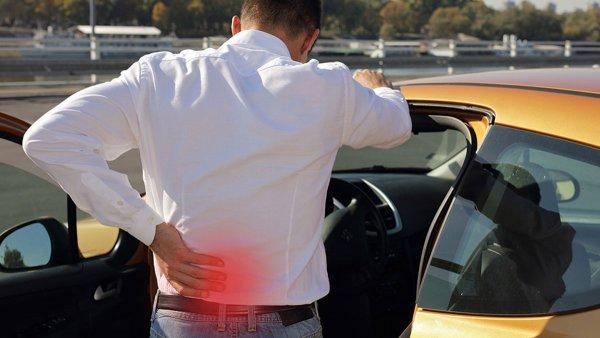 長距離運転の敵「腰痛」を和らげる3つのコツとそれでも痛くなる人の対処法