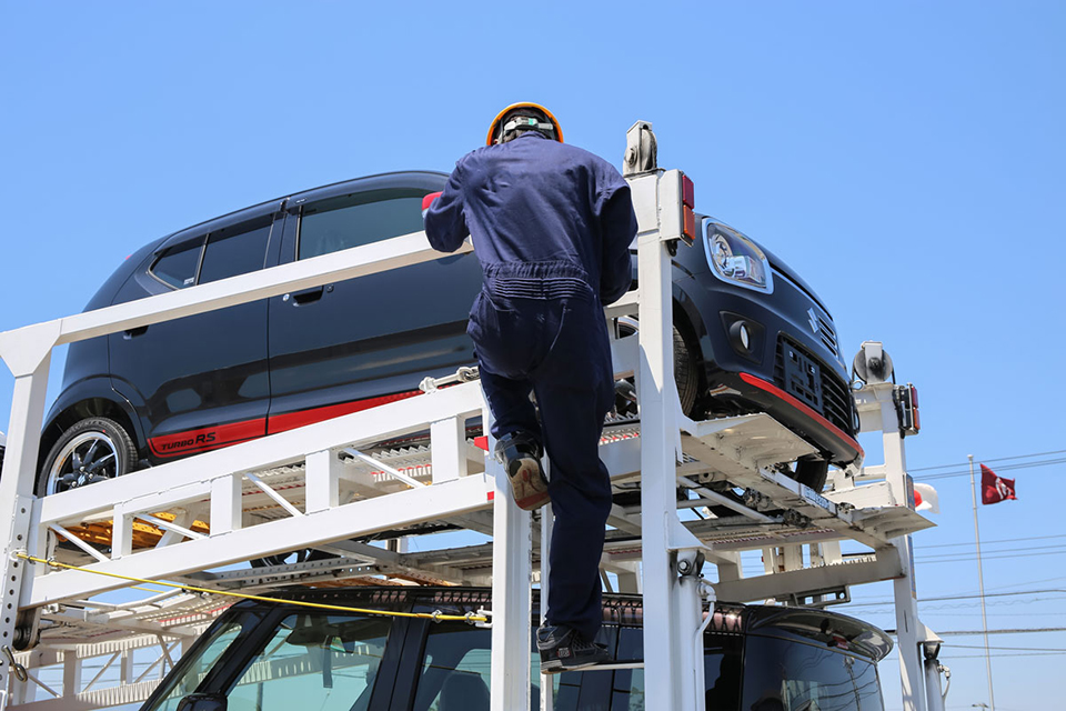 意外! トラックドライバーが事故に遭うのは 運転中よりも荷役作業中のほうが断然多いという事実