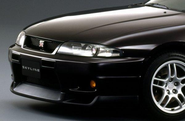 25年ルールに入りで注目!! R33型GT-Rも中古価格が爆上がり中!?