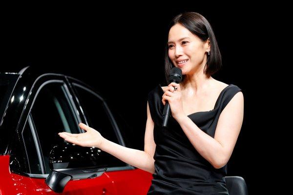 日産 ノートオーラの発表会に行ったら中谷美紀さんのオーラが凄すぎた件